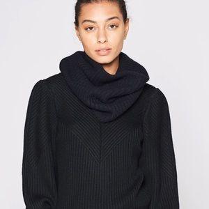 NWT Joie Marica Black Wool Infinity Scarf